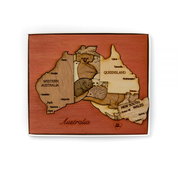 wood-puzzle-australia-double-layer-mixed-wood-cedar-background (d)
